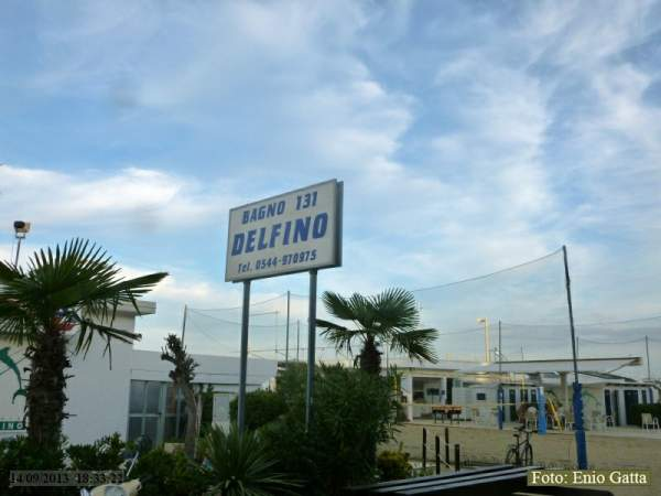 Beautiful bagno delfino pinarella pictures idee arredamento casa - Arredo bagno cervia ...